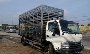 Xe tải Hino 3.5 tấn thùng chở Gia cầm  WU352L-NKMRJD3 Dutro giá rẻ cạnh tranh