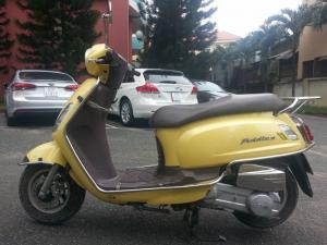 Bán SYM FIDDLE II 125cc màu Vàng chanh kiểu dáng Vespa LX tuyệt đẹp Là loại nhập khẩu Nguyên Thùng chính hãng SYM chất lượng Châu Âu.