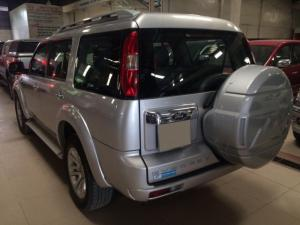 Ford Everest 4x2 MT 2015
