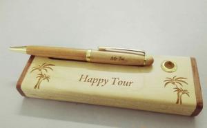 Bút bi gỗ - món quà mộc độc đáo dành tặng thầy cô