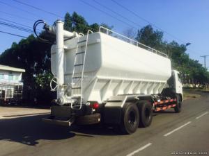 Bán xe tải chuyên dụng Hino FL8JTSA thùng 29m3 chở cám gạo giá 1 tỷ 420 triệu