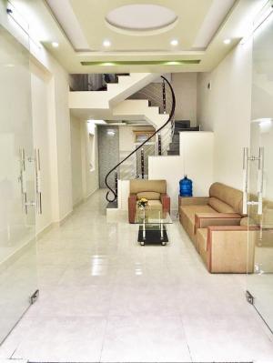 Nhà 3.5 tầng ngõ 170 Thiên Lôi, xây mới kiên cố, ngõ rộng thoáng, hướng Đông Nam.