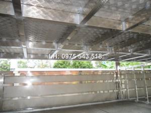 Tổng đại lý Hino bán xe tải Hino chuyên dụng 9 tấn thùng chở Gia súc