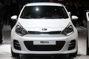 Kia Rio - nhập khẩu nguyên chiếc theo tiêu chuẩn quốc tế,nay giá cực kì ưu đãi