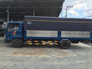 Veam Vt260 thùng dài 6,1 m tải trọng 1,99 tấn đi nội ô ban ngày KM 5 triệu