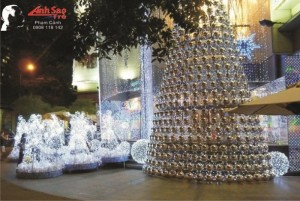 Trang trí Noel cho trung tâm thương mại Now Zone | Mô hình trang trí Noel, Giáng Sinh bằng đèn Led