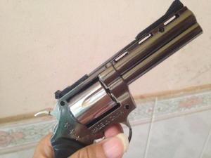 Bật lửa hình súng rulo dài 16cm tặng kèm bao da