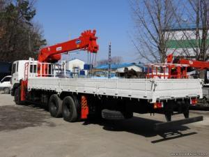 Xe tải 14 tấn Hyundai HD250 gắn cẩu sức nâng...