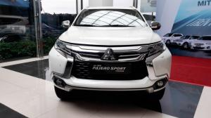 Mitsubishi Pajero Sport Premium