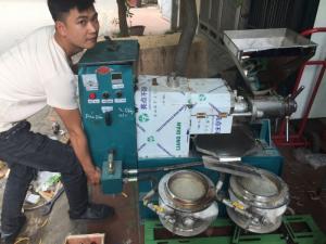 Mới! Máy ép dầu công nghiệp 30kg/giờ (2 thùng lọc) có mặt tại Hà Nội