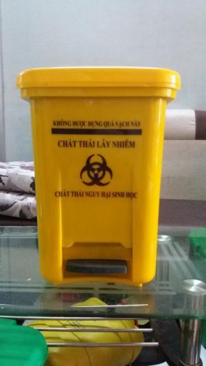 Thùng rác y tế, túi đựng rác thải y tế mới, hộp đựng kim tiêm y tế