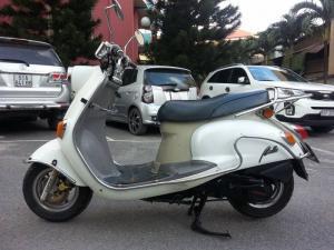 Suzuki Bella 125 Trắng Vẻ Đẹp Mang Phong Cách Cồ Điển - Nguyên Zin 100%