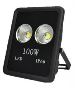 Công suất: 100W Độ sáng(Lm): 11000 Kích thước: L425*W325*H105mm Chất liệu: Hợp kim nhôm Màu sắc:3000/6000(trắng/vàng) Tuổi thọ:40000h Bảo hành: 2 năm – Giá : 3.304.000vnđ  Chỉ còn: 8.643.200vnđ