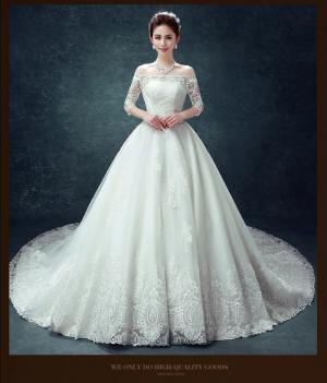 Áo cưới đuôi dài trắng, ren 3D, trễ vai - M082