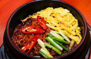 Khóa học nấu ăn món Hàn chuyên nghiệp