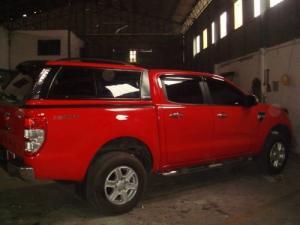 Xe Ford Ranger Wildtrack 2017 mạnh mẽ, xe thương hiệu Mỹ nhập khẩu, nhận tư vấn và báo giá, cập nhật các chương trình khuyến mãi, ưu đãi mua xe từ đại lý chính hãng Sài Gòn Ford khi Liên hệ Trung Hải - 096 68 777 68 (24/24) để nhận tư vấn tận tâm nhất