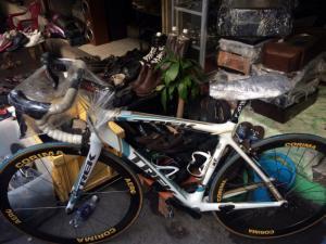 Xe đạp đua carbon usa giá tốt cho anh em chơi