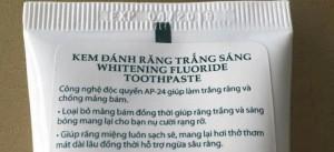Kem đánh răng Whitening Flouride Toothpaste