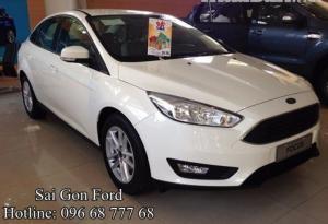 Khuyến mãi Ford Focus 1.5AT Ecoboost (4 cửa) - Trả trước 150 triệu, giao xe ngay