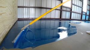 WB40 - Sơn gốc nước tự san phẳng cho sàn nhà ẩm 10%