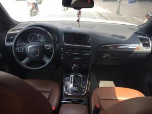 Bán xe Audi Q5 2011 trắng cực đẹp tại Hà Nội