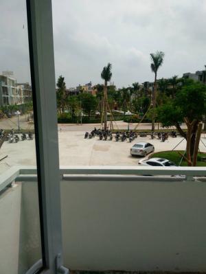 Bán căn hộ chung cư Petro Thăng long ban công công viên