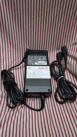 Sạc HP 230w(19.5v-11.8A),hàng zin theo máy 100%,dùngcho HP Workstation