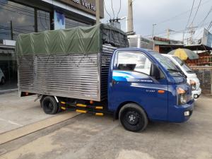 Cần bán xe tải Hyundai H100 mới 100% nhập khẩu nguyên chiếc