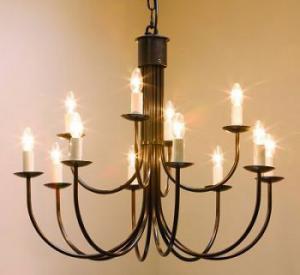 Sản xuất đèn chùm, đèn trang trí có đường kính lớn