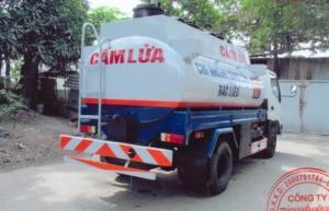 Đại lý xe Hino bán Hino Bồn chứa xăng dầu 8 tấn/ 6 m3, có sẵn giao xe ngay