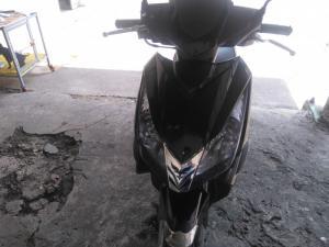 Cần bán gấp xe máy airblade đời 2008 màu đen