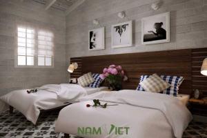phòng ngủ lớn thiết kế bằng chất liệu thiên nhiên, nội thất chuẩn 4 sao