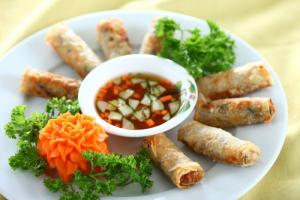 Học nấu ăn ...Cấp chứng chỉ nấu ăn nhanh LH: Ms.Dung