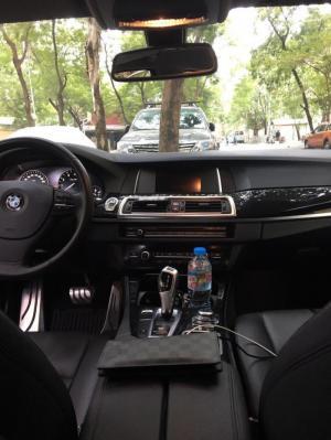 Bán xe BMW 520i màu đen sản xuất năm 2013 còn rất mới