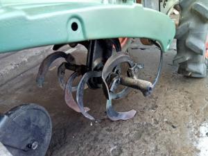 Máy xới đất mini chạy dầu