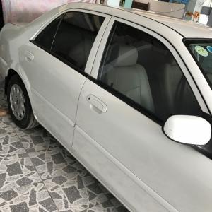 Ford laser 2001