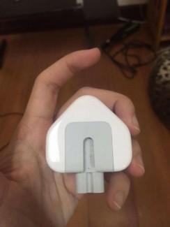 Thanh lí sạc 3 chấu cho Macbook chính hãng giá rẻ bèo !!!!!!!!