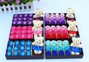 Hoa Hồng 3D Sáp Thơm 12 Bông Kèm Gấu - Món quà tặng ý nghĩa - MSN383088