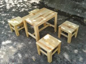 Bàn ghế gỗ quán cóc giá rẻ nhất