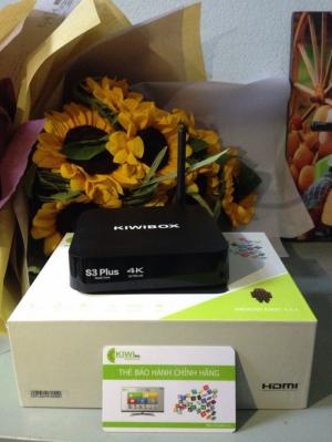 Android Tivi Kiwi box S3 plus km chuột Forter...