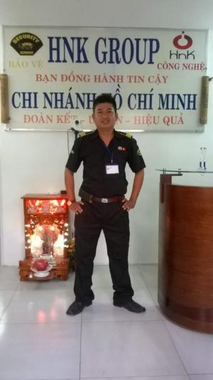 Nhân viên trực tại CLB GYM California
