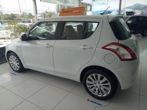 Bán Suzuki Swift 2016 gía rẻ tại Hà Nội,xe giao ngay,đủ màu