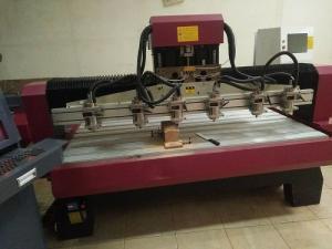 Máy đục gỗ 6 đầu, máy điêu khắc 3d giá rẻ chất lượng tốt