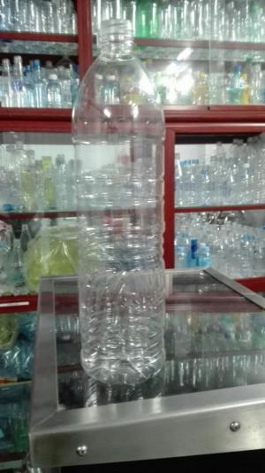 Bình nước loại bình Pet, nắp, phôi uy tín, thiết kế vỏ bình hoàn toàn mới so với thị trường