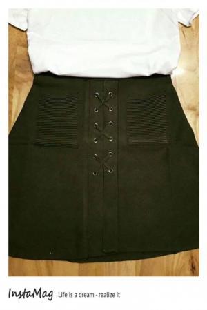 Chân váy xòe dây đan xinh iu Chất liệu: len cao cấp ,dày dặn, mịn đẹp. Em đã chụp hình thật rồi nhé Khách yêu ơi. Màu sắc: như hình Free size. From chuẩn. Kiểu dáng giống hình Giá: 190.000 VND