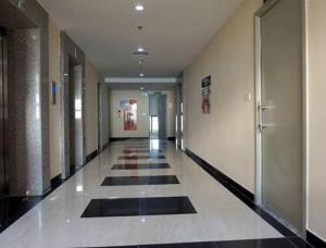 Bán căn hộ Tân Tây Đô CT2B, 81m, giá: 12 triệu/m