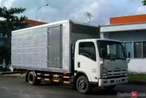 Bán xe tải Isuzu KM thuế trước bạ và dầu lên tới 2400 lít dầu