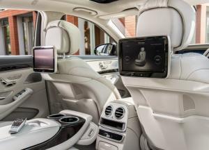 Mercedes-Benz S500L, hỗ trợ 82% thuế trước bạ có xe giao ngay