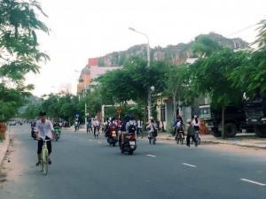 Cần bán nhanh lô đất 2MT đường Nguyễn Duy Trinh, Gần đại lộ Lê Văn Hiến 600m