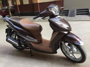 Bán chiếc xe Shark 125cc ,dk 2011 xe màu nâu,bstp